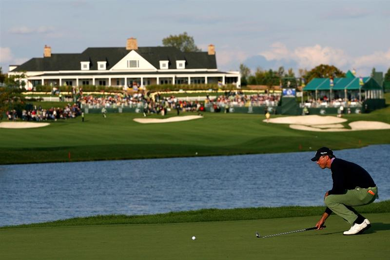 VERONA, NY - OCTOBER 04:  Matt Kuchar lines up his birdie putt on the 12th green during final round of the 2009 Turning Stone Resort Championship at Atunyote Golf Club held on October 4, 2009 in Verona, New York.  (Photo by Chris Trotman/Getty Images)