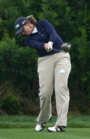 HALF MOON BAY, CA - OCTOBER 04:  Angela Stanford tees off on the 4th hole during the third round of the Samsung World Championship at the Half Moon Bay Golf Links Ocean Course on October 4, 2008 in Half Moon Bay, California.  (Photo by Jonathan Ferrey/Getty Images)