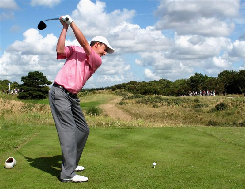 ZANDVOORT, NETHERLANDS - AUGUST 21:  Peter Lawrie of Ireland plays his tee shot on the second hole during the second round of The KLM Open at Kennemer Golf & Country Club on August 21, 2009 in Zandvoort, Netherlands.  (Photo by Stuart Franklin/Getty Images)