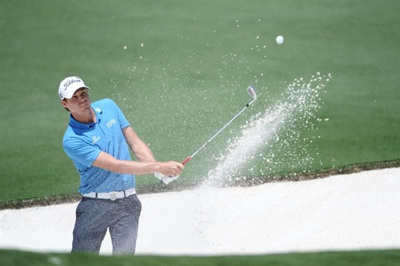 AUGUSTA, GA - APRIL 11:  Nick Watney plays a bunker a shot on the second hole during the final round of the 2010 Masters Tournament at Augusta National Golf Club on April 11, 2010 in Augusta, Georgia.  (Photo by Harry How/Getty Images)