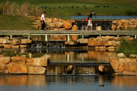 VILAMOURA, PORTUGAL - OCTOBER 21:  Steve Webster of England walks over a bridge on the 14th during the final round of the Portugal Masters at Oceanico Victoria Clube de Golfe on October 21, 2007 in Vilamoura, Portugal.  (Photo by Richard Heathcote/Getty Images)
