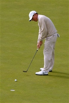 SOUTHPORT, UNITED KINGDOM - JULY 20:  Justin Leonard of USA hits a putt on the 18th during the final round of the 137th Open Championship on July 20, 2008 at Royal Birkdale Golf Club, Southport, England.  (Photo by Richard Heathcote/Getty Images)