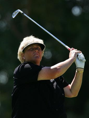 MELBOURNE, AUSTRALIA - MARCH 14:  Laura Davies of England plays an approach shot on the 6th hole during the final round of the 2010 Women's Australian Open at The Commonwealth Golf Club on March 14, 2010 in Melbourne, Australia.  (Photo by Scott Barbour/Getty Images)