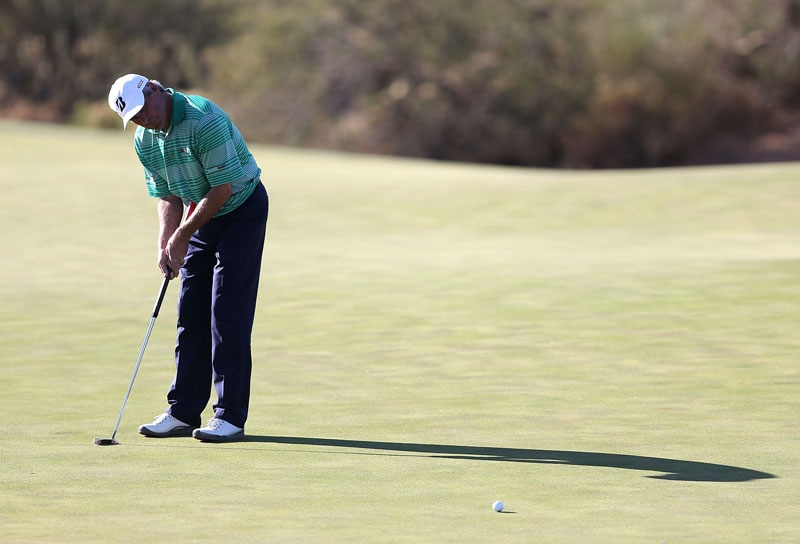 who still uses a long putter on the pga tour