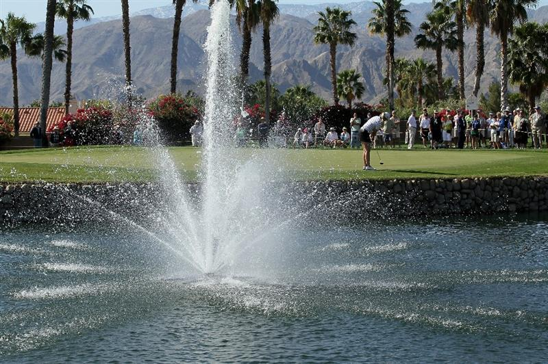 RANCHO MIRAGE, CA - APRIL 02:  The gallery around the 14th green watches as Brittany Lincicome putts during the second round of the Kraft Nabisco Championship at Mission Hills Country Club on April 2, 2010 in Rancho Mirage, California.  (Photo by Stephen Dunn/Getty Images)