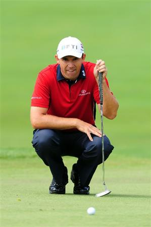 CHASKA, MN - AUGUST 16:  Padraig Harrington of Ireland lines up a putt on the first hole during the final round of the 91st PGA Championship at Hazeltine National Golf Club on August 16, 2009 in Chaska, Minnesota.  (Photo by Stuart Franklin/Getty Images)