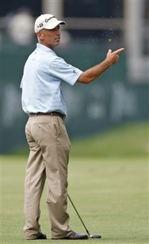 GRAND BLANC, MI - JUNE 26:  Corey Pavin checks the wind in the 18th fairway during the first round of the Buick Open at Warwick Hills Golf and Country Club on June 26, 2008 in Grand Blanc, Michigan.  (Photo by Gregory Shamus/Getty Images)