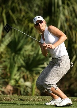 DAYTONA BEACH, FL - DECEMBER 02:  Louise Friberg of Sweden watches a putt on the 18th green during the final round of the 2007 LPGA Qualifying Tournament at LPGA International on December 2, 2007 in Daytona Beach, Florida  (Photo by Scott Halleran/Getty Images)