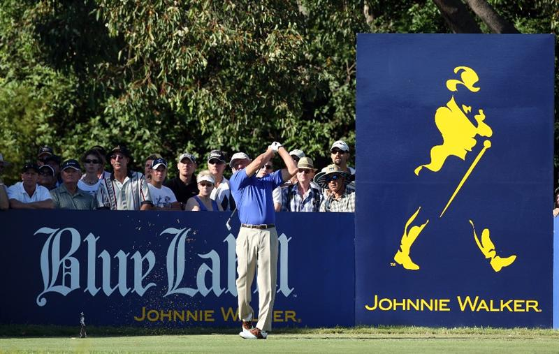 PERTH, AUSTRALIA - FEBRUARY 19:  Greg Norman of Australia drives at the 15th hole during the first round of the 2009 Johnnie Walker Classic tournament at the Vines Resort and Country Club, on 19 February 2009, in Perth, Australia  (Photo by David Cannon/Getty Images)