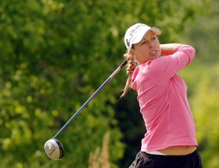 Beth Bauer drives off the ninth tee during the first round of the 2005 Franklin American Mortgage Championship at Vanderbilt Ledgends Club in Franklin, Tennessee on April 28, 2005.Photo by Al Messerschmidt/WireImage.com