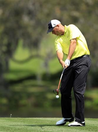 ORLANDO, FL - MARCH 26:  Stewart Cink of the USA drives at the 16th hole during the second round of the Arnold Palmer Invitational presented by Mastercard at the Bayhill Club and Lodge, on March 26, 2010 in Orlando, Florida.  (Photo by David Cannon/Getty Images)