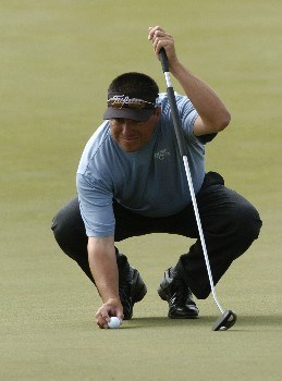 Robert Gamez  competes  in  second  round competition at the 2005 Honda Classic March 11, 2005 in Palm Beach Gardens, Florida.