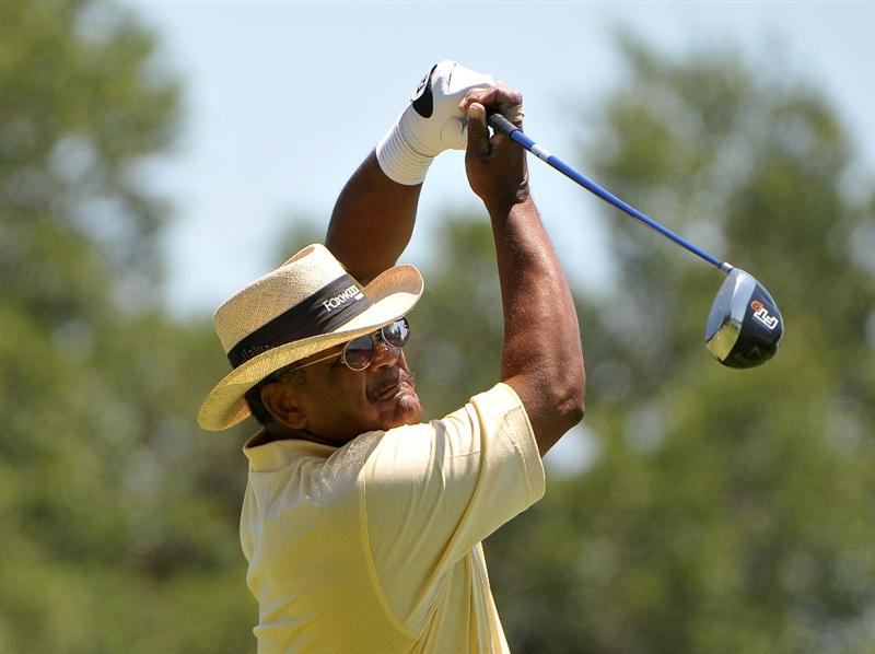 AUSTIN, TX - JUNE 05: Jim Thorpe tees off the 4th hole during the first round of the Triton Financial Classic  held at The Hills Country Club on June 5, 2009 in Austin, Texas. (Photo by Marc Feldman/Getty Images)