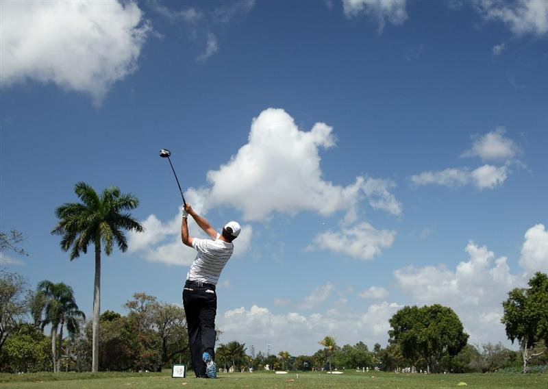 DORAL, FL - MARCH 14:  Padraig Harrington of Ireland drives at the second hole during the third round of the World Golf Championships-CA Championship at the Doral Golf Resort & Spa on March 14, 2009 in Doral, Florida  (Photo by David Cannon/Getty Images)
