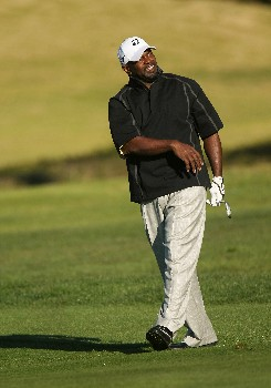 PEBBLE BEACH, CA - FEBRUARY 08:  NFL great Emmitt Smith follows his shot on the second hole during the second round of the AT&T Pebble Beach National Pro-Am on February 8, 2008 at Pebble Beach Golf Links in Pebble Beach. California.  (Photo by Stephen Dunn/Getty Images)