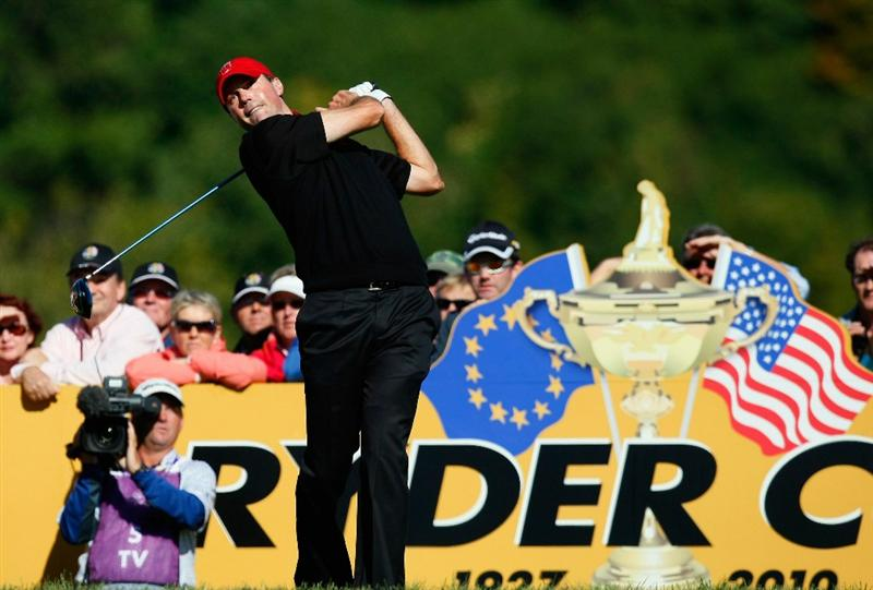 NEWPORT, WALES - OCTOBER 04: Matt Kuchar of the USA tees off in the singles matches during the 2010 Ryder Cup at the Celtic Manor Resort on October 4, 2010 in Newport, Wales. (Photo by Tom Dulat/Getty Images)
