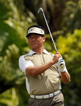 DORAL, FL - MARCH 12:  K.J. Choi  of South Korea hits a shot on the 13th hole during the first round of the World Golf Championships-CA Championship at the Doral Golf Resort & Spa on March 12, 2009 in Miami, Florida.  (Photo by Sam Greenwood/Getty Images)