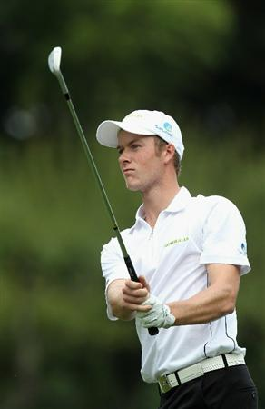 KAWAGOE CITY, JAPAN - OCTOBER 08:  Kieran Pratt of Australia watches a shot during the second round of the 2010 Asian Amateur Championship at Kasumigaseki Country Club on October 8, 2010 in Kawagoe City, Japan.  (Photo by Streeter Lecka/Getty Images)