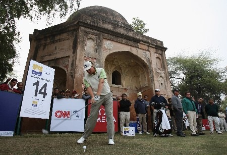 DELHI, INDIA - FEBRUARY 05:  Ernie Els of South Africa plays a tee shot during the shoot - out of The EMAAR - MGF Indian Masters at Delhi golf Club on February 05, 2008 in Delhi, India.  (Photo by Stuart Franklin/Getty Images)