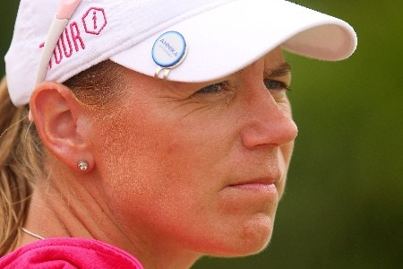 SINGAPORE - FEBRUARY 29:  Annika Sorenstam of Sweden waits on the 16th tee during the second round of the HSBC Women's Champions at Tanah Merah Country Club on February 29, 2008 in Singapore.  (Photo by Scott Halleran/Getty Images)