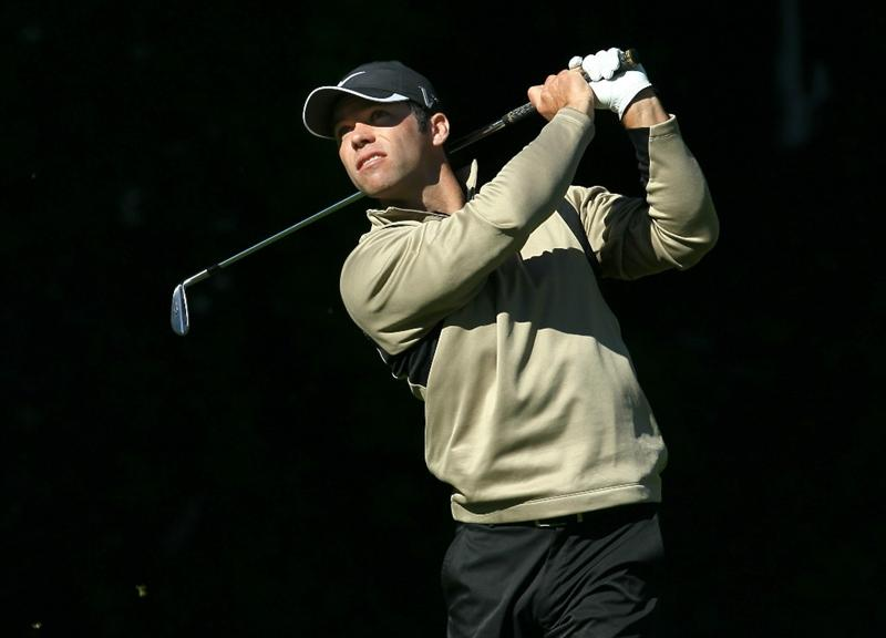 PACIFIC PALISADES, CA - FEBRUARY 20: Paul Casey of England hits his tee shot on the sixth hole during the final round of the Northern Trust Open at Riviera Country Club on February 20, 2011 in Pacific Palisades, California. (Photo by Stephen Dunn/Getty Images)