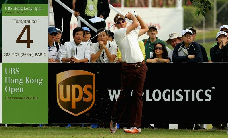 HONG KONG - NOVEMBER 18: Ian Poulter of England tees off on the 4th hole during the first round of the USB Hong Kong Open at The Hong Kong Golf Club  on November 18, 2010 in Hong Kong, Hong Kong.  (Photo by Stanley Chou/Getty Images)