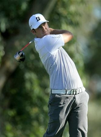 LA QUINTA, CA - JANUARY 20: Kevin Chappell hits his tee shot on the 13th hole during round two of the Bob Hope Classic at the La Quinta Country Club on January 20, 2011 in La Quinta, California.  (Photo by Stephen Dunn/Getty Images)