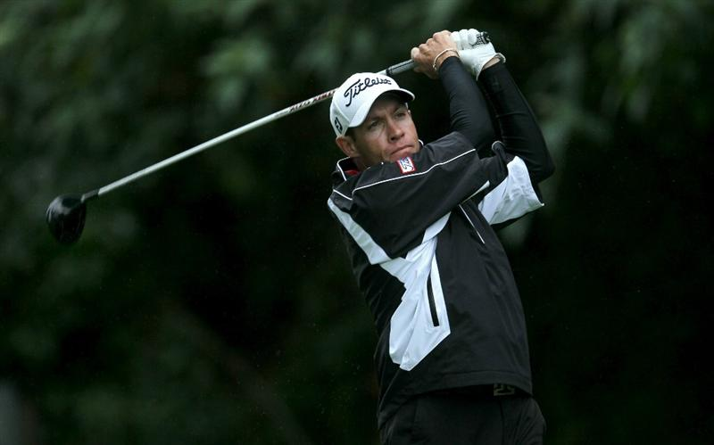 PACIFIC PALISADES, CA - FEBRUARY 18: Brian Davis of England hits his tee shot on the 12th hole during round two of the Northern Trust Open at Riviera Country Club on February 18, 2011 in Pacific Palisades, California.  (Photo by Stephen Dunn/Getty Images)