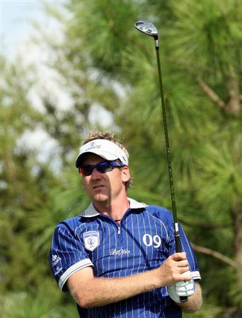 ORLANDO, FL - MARCH 16:  Ian Poulter of England and Lake Nona at the 17th hole during the first day of the 2009 Tavistock Cup at the Lake Nona Golf and Country Club, on March 16, 2009 in Orlando, Florida  (Photo by David Cannon/Getty Images)