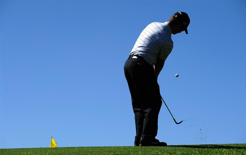 SAN JACINTO, CA - OCTOBER 01: Kyle Thompson makes a chip shot on the sixth hole during the first round of the 2009 Soboba Classic at The Country Club at Soboba Springs on October 1, 2009 in San Jacinto, California.  (Photo by Robert Laberge/Getty Images)