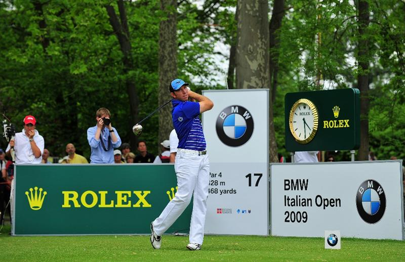 TURIN, ITALY - MAY 10:  Daniel Vancsik of Argentina plays his tee shot on the 17th hole during the final round of the BMW Italian Open at Royal Park I Roveri on May 10, 2009 near Turin, Italy.  (Photo by Stuart Franklin/Getty Images)