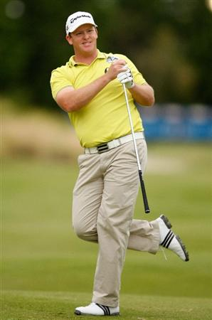 MELBOURNE, AUSTRALIA - NOVEMBER 30:  Marcus Fraser of Australia hits a shot on the eighteeth hole during the fourth round of the 2008 Australian Masters at Huntingdale Golf Club on November 30, 2008 in Melbourne, Australia  (Photo by Lucas Dawson/Getty Images)