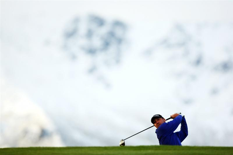 QUEENSTOWN, NEW ZEALAND - MARCH 12: Chad Collins of the USA tees off on the 1st hole during day one of the New Zealand Men's Open Championship at The Hills Golf Club on March 12, 2009 in Queenstown, New Zealand.  (Photo by Phil Walter/Getty Images)