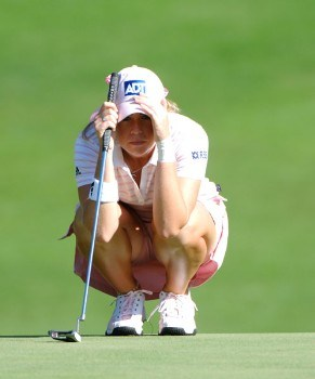 Paula Creamer studies a putt on the first green during the final round of the Jamie Farr Owens Corning Classic, July 10, 2005.Photo by Al Messerschmidt/WireImage.com
