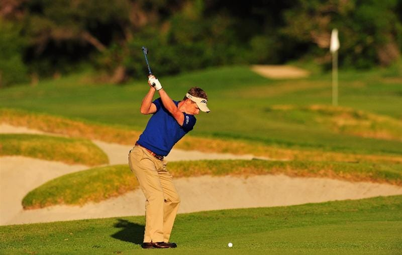 PACIFIC PALISADES, CA - FEBRUARY 20:  Luke Donald of England plays his approach shot on the seventh hole during the second round of the Northern Trust Open at the Riviera Country Club February 20, 2009 in Pacific Palisades, California.  (Photo by Stuart Franklin/Getty Images)