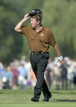 Bob Gilder tips his hat as he walks down the 18th fairway during the final round of the 2005 SAS Championship Sunday, Oct. 2, 2005, at Prestonwood Country Club in Cary, N.C.Photo by Grant Halverson/WireImage.com