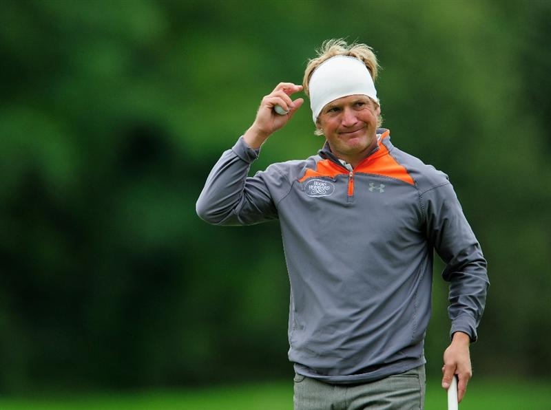 VIENNA, AUSTRIA - SEPTEMBER 17:  Pelle Edberg of Sweden celebrates his putt on the 18th hole during the second round of the Austrian golf open presented by Botarin at the Diamond country club on September 17, 2010 in Atzenbrugg near Vienna, Austria  (Photo by Stuart Franklin/Getty Images)