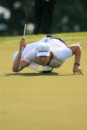 ATLANTA - SEPTEMBER 28:  Camilo Villegas of Colombia lines up his putt on the 12th hole during the final round of THE TOUR Championship presented by Coca-Cola, at East Lake Golf Club on September 28, 2008 in Atlanta, Georgia. This is the final event of the PGA TOUR Playoffs for the FedExCup.  (Photo by Scott Halleran/Getty Images)