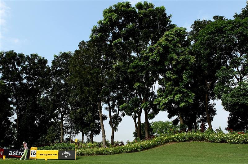 KUALA LUMPUR, MALAYSIA - MARCH 05:  Shingo Katayama of Japan hits his tee-shot on the 16th hole during the the second round of the Maybank Malaysian Open at the Kuala Lumpur Golf and Country Club on March 5, 2010 in Kuala Lumpur, Malaysia.  (Photo by Andrew Redington/Getty Images)