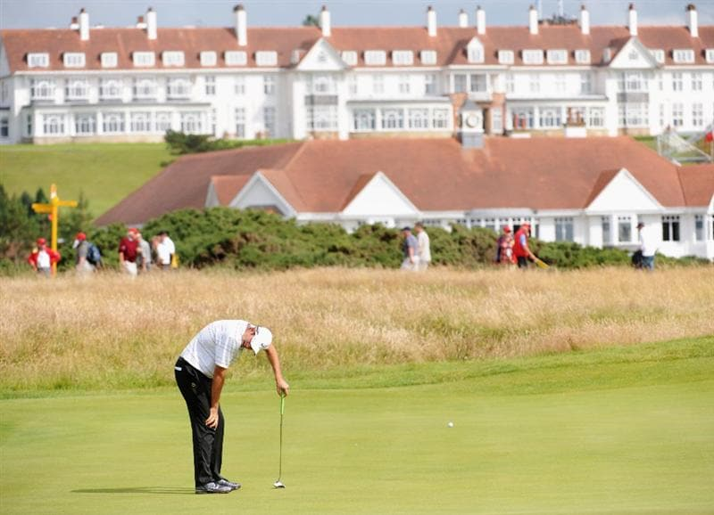 TURNBERRY, SCOTLAND - JULY 16:  Tim Stewart of Australia reacts to a missed putt on the 17th hole during round one of the 138th Open Championship on the Ailsa Course, Turnberry Golf Club on July 16, 2009 in Turnberry, Scotland.  (Photo by Harry How/Getty Images)