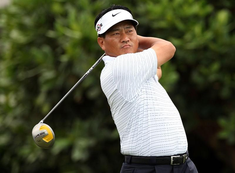 KAPALUA, HI - JANUARY 08:  K.J. Choi  of Korea hits a shot during the first round of the Mercedes-Benz Championship at the Plantation Course on January 8, 2009 in Kapalua, Maui, Hawaii.  (Photo by Sam Greenwood/Getty Images)