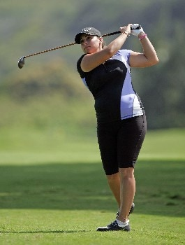 KAHUKU, HI - FEBRUARY 15:  Kelli Kuehne hits her second shot on the ninth hole during the second round of the SBS Open at the Turtle Bay Resort February 15, 2008 in Kahuku, Hawaii.  (Photo by Andy Lyons/Getty Images)