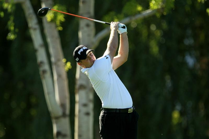 LA QUINTA, CA - JANUARY 23:  Daniel Summerhays hits his tee shot on the second hole during the final round of the Bob Hope Classic on the Palmer Private Course at PGA West on January 23, 2011 in La Quinta, California.  (Photo by Stephen Dunn/Getty Images)