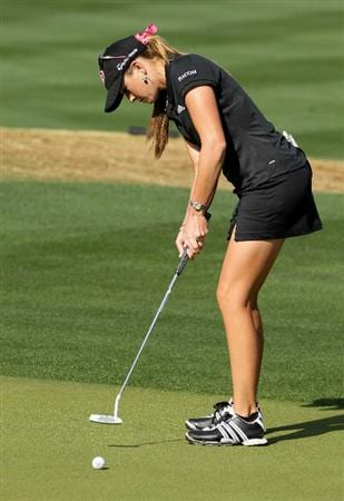 PHOENIX, AZ - MARCH 19:  Paula Creamer putts on the fifth hole during the second round of the RR Donnelley LPGA Founders Cup at Wildfire Golf Club on March 19, 2011 in Phoenix, Arizona.  (Photo by Stephen Dunn/Getty Images)