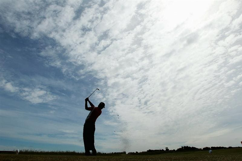 GULLANE, SCOTLAND - JUNE 18:  Jin Jeong of Korea tees off on the 16th hole during his Quarter Final match against Paul Cutler of Northern Ireland for The Amateur Championship at Muirfield Golf Club on June 18, 2010 in Gullane, Scotland.  (Photo by Warren Little/Getty Images)