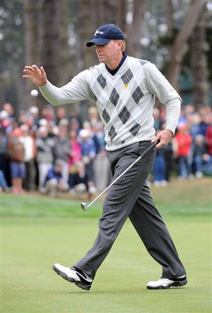 SAN FRANCISCO - OCTOBER 10:  Steve Stricker of the USA Team reacts to his missed putt on the 7th hole during the Day Three Morning Foursome Matches of The Presidents Cup at Harding Park Golf Course on October 10, 2009 in San Francisco, California.  (Photo by Harry How/Getty Images)