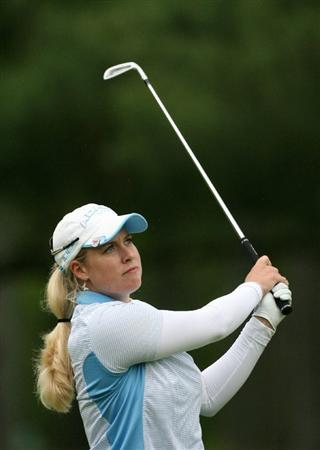 CLIFTON, NJ - MAY 14 : Brittany Lincicome hits her second shot on the 6th hole during the first round of the Sybase Classic presented by ShopRite at Upper Montclair Country Club on May 14, 2009 in Clifton, New Jersey. (Photo by Hunter Martin/Getty Images)