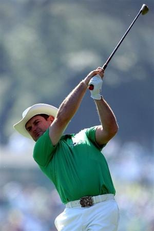 AUGUSTA, GA - APRIL 07:  Rory Sabbatini of South Africa hits his second shot on the first hole during the first round of the 2011 Masters Tournament at Augusta National Golf Club on April 7, 2011 in Augusta, Georgia.  (Photo by Andrew Redington/Getty Images)