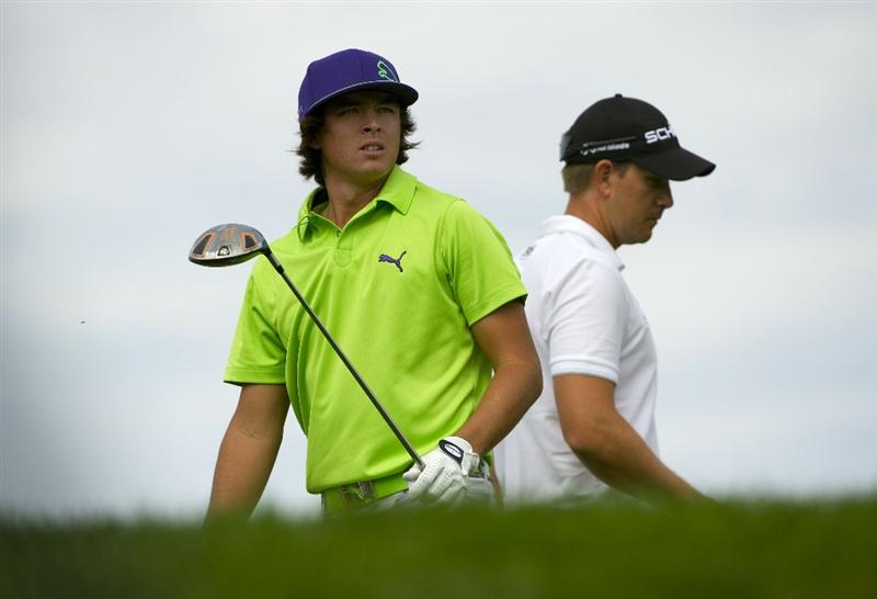 SAN MARTIN, CA - OCTOBER 16:  Rickie Fowler makes a tee shot on the sixth hole as Henrik Stensen gets ready for his tee shot during the third round of the Frys.com Open at the CordeValle Golf Club on October 16, 2010 in San Martin, California.  (Photo by Robert Laberge/Getty Images)