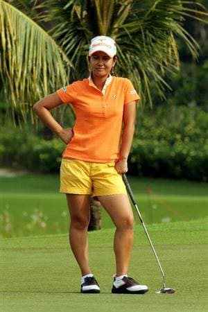 KUALA LUMPUR, MALAYSIA - OCTOBER 21:  Al Miyazato of Japan waits for her turn to putt on the 9th hole during the Sime Darby Pro-Am at the KLGCC Golf Course on October 21, 2010 in Kuala Lumpur, Malaysia.  (Photo by Stanley Chou/Getty Images)